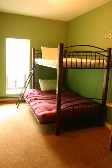 Hostel Bunk-Bed